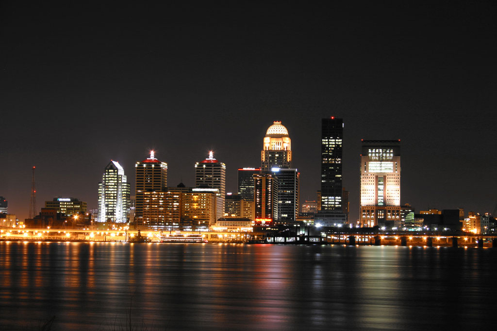 Louisville skyline at night